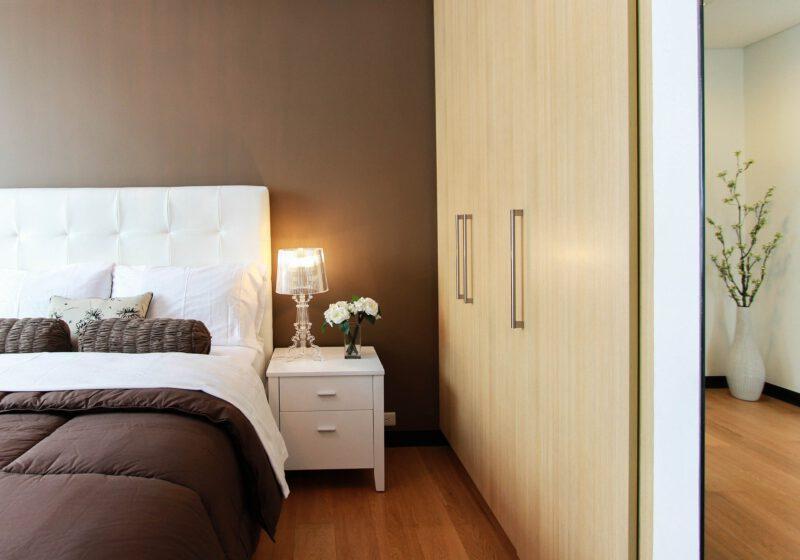 Kolory do małej sypialni – jakie wybrać?